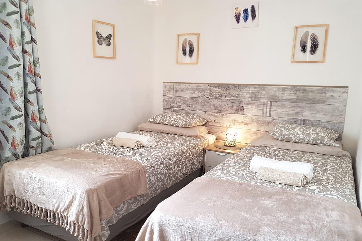 Casinha Lagos Twin Bedroom