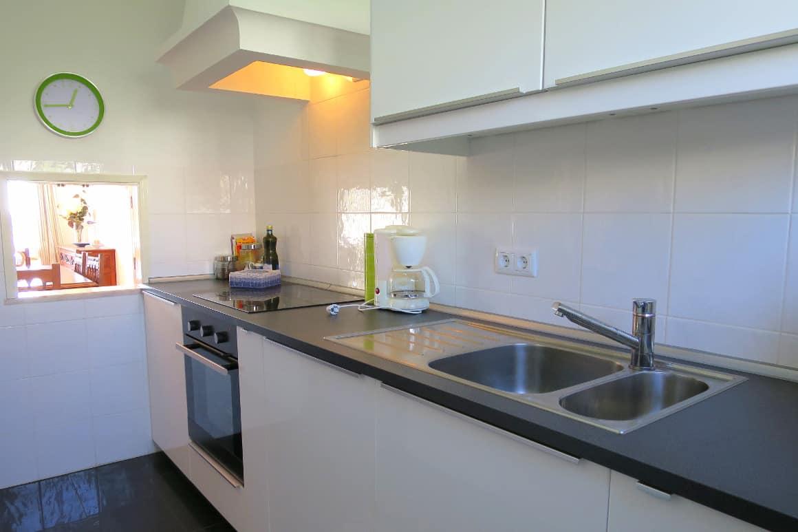 Luz Algarve Bay Villa Kitchen
