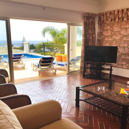 Bonita Algarve Villa Luz lounge and patio