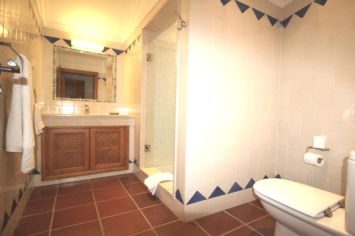 Villa Bonita Algarve Luz Bathroom 2