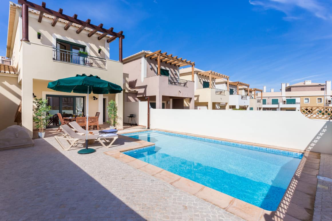 Private Pool and Patio in Burgau 31
