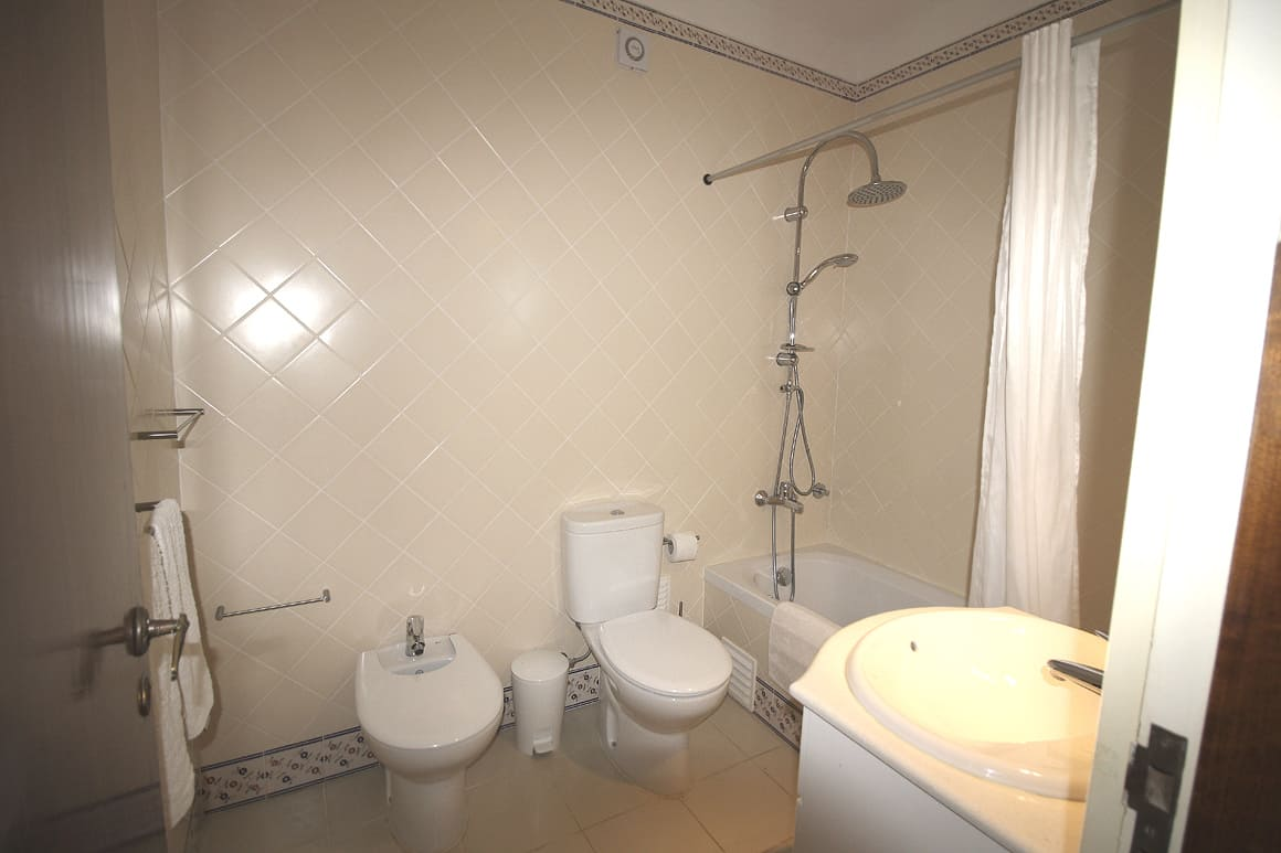 Casa Luz Beach Ensuite Bathroom