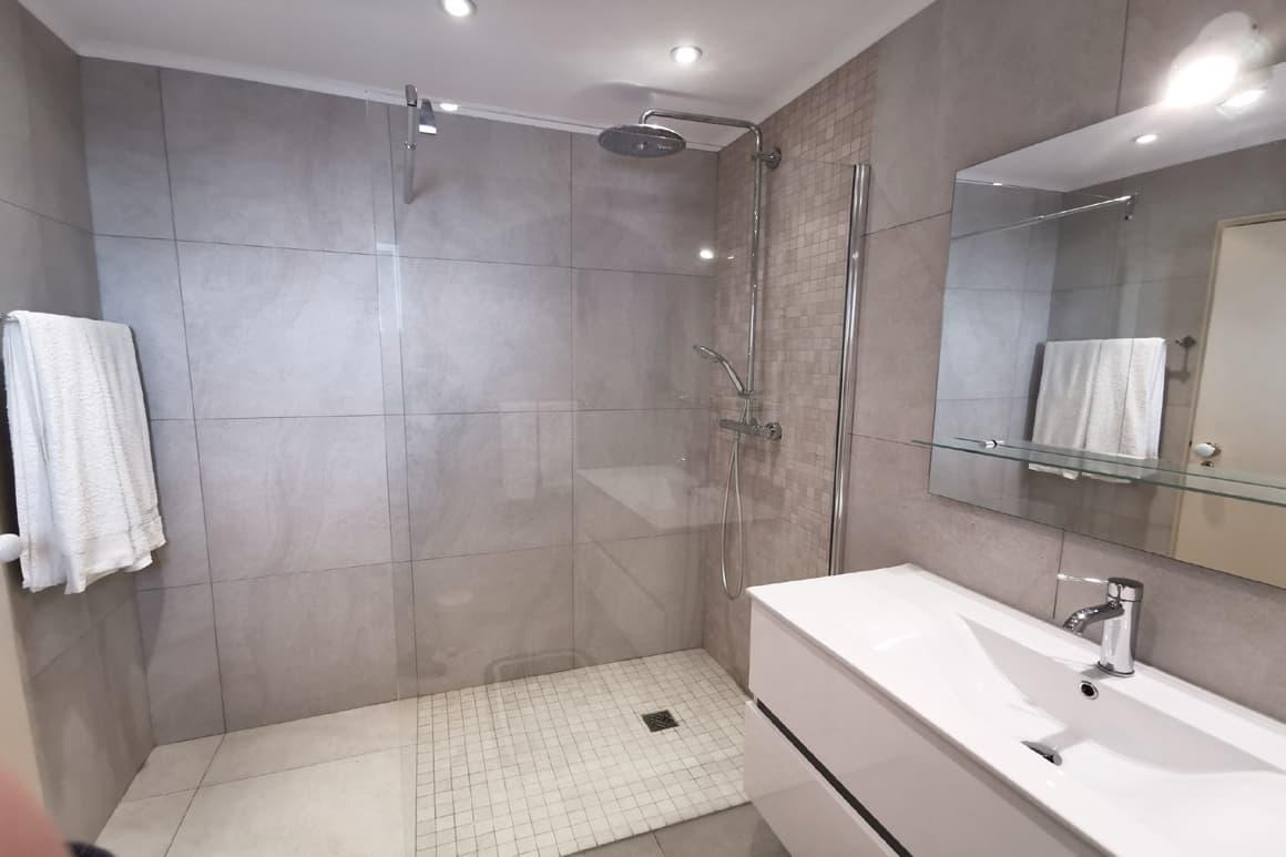 Algarve Sea View Villa Ensuite Bathroom