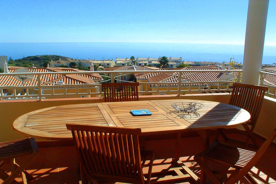 Miramar Veranda Table Algarve Villas Luz