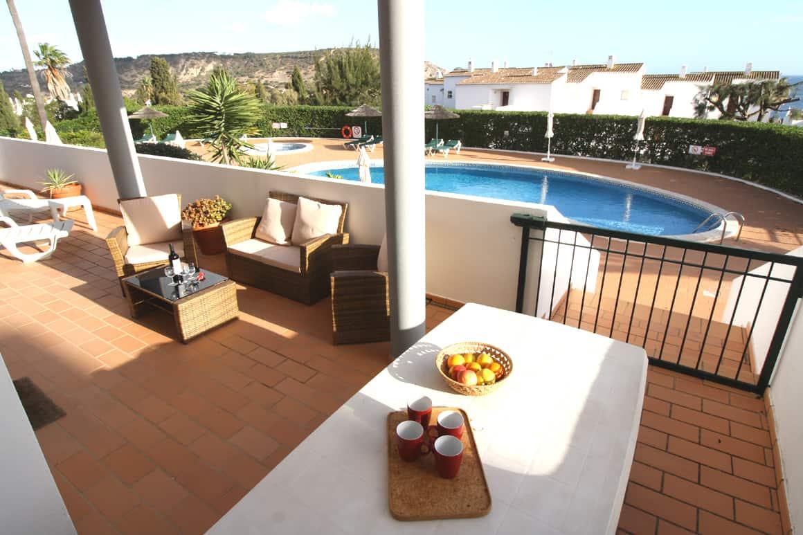 Cristaluz Apt D Pool Veranda AlgarveVillasLuz