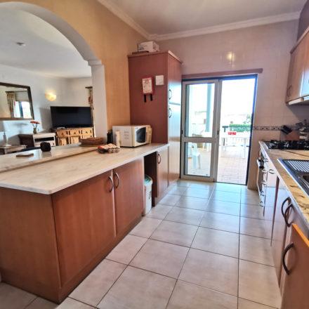 Cristaluz Kitchen Veranda Algarve Villas Luz