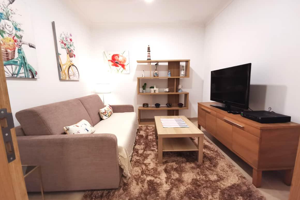 Casinha Azul Lounge Sofabed TV