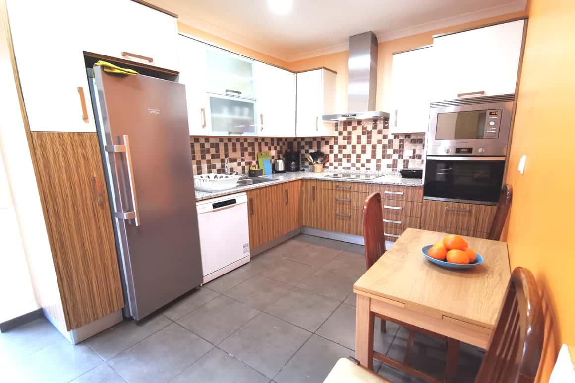 Casinha Azul Kitchen Algarve Villas Luz
